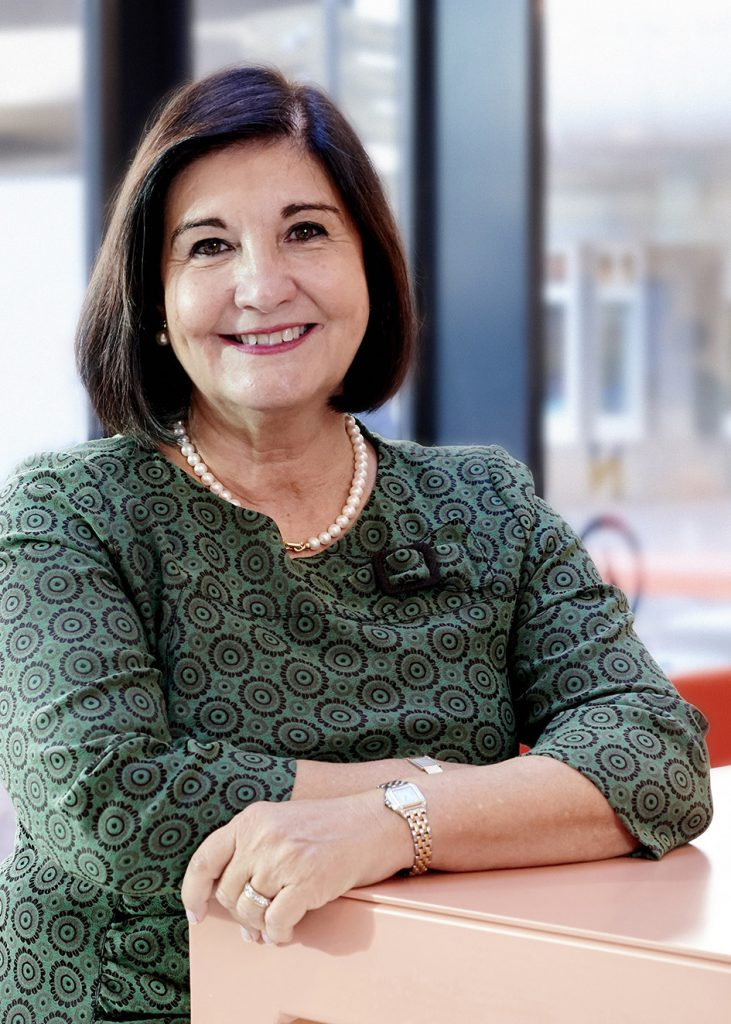 Glòria Pérez-Salmerón, IFLA President